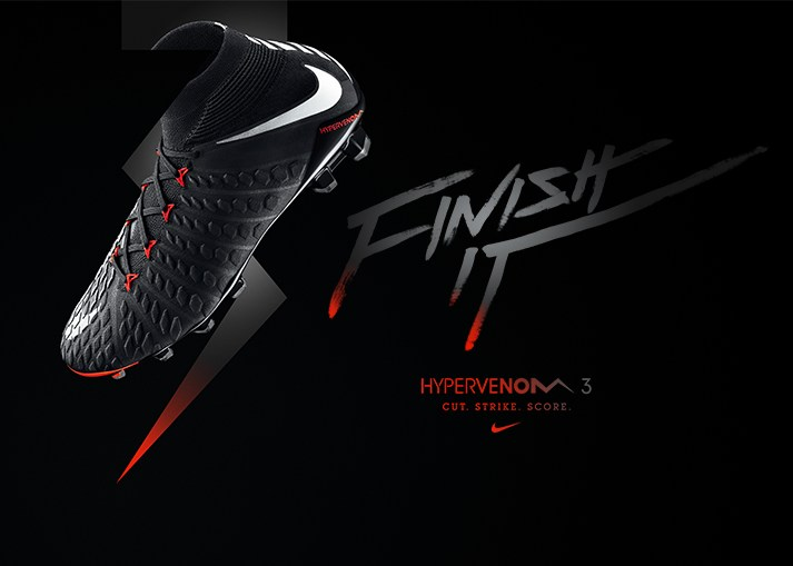 Koop de Nike Hypervenom 3 'Black Pack' op unisportstore.nl.