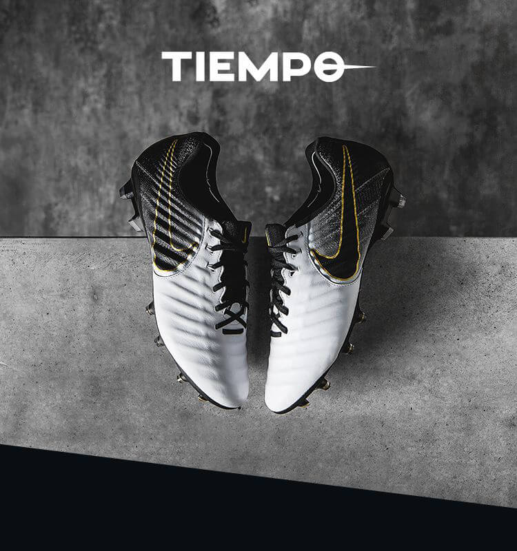 online store 631e4 688db Get the Nike Tiempo Legend 7 football boots at Unisport