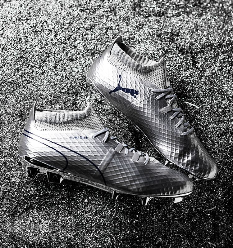 Buy PUMA ONE Chrome football boots at unisportstore.com ca6032a521