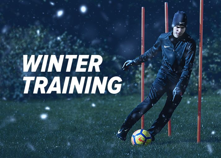 Buy your winter training football gear and running shoes on unisportstore.com
