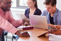 Lehrer-Unterricht-digital-Digitalpakt-Ausbildung