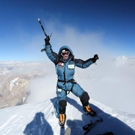 L'alpinista català Ferran Latorre ha conquerit el seu dotzè vuit mil, el Makalu
