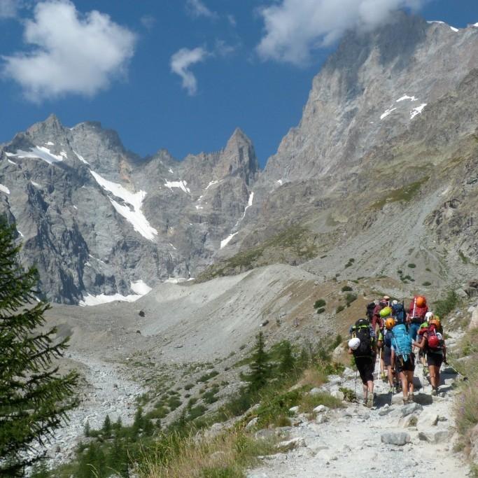 El 26 de juny es tanquen les inscripcions per a les estades per a joves als Alps de la FEEC