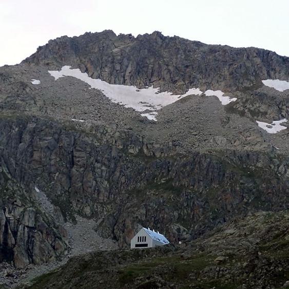 Inaugurat el refugi de Cap de Llauset al massís de la Maladeta
