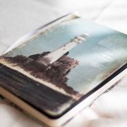 Rima_loves_books