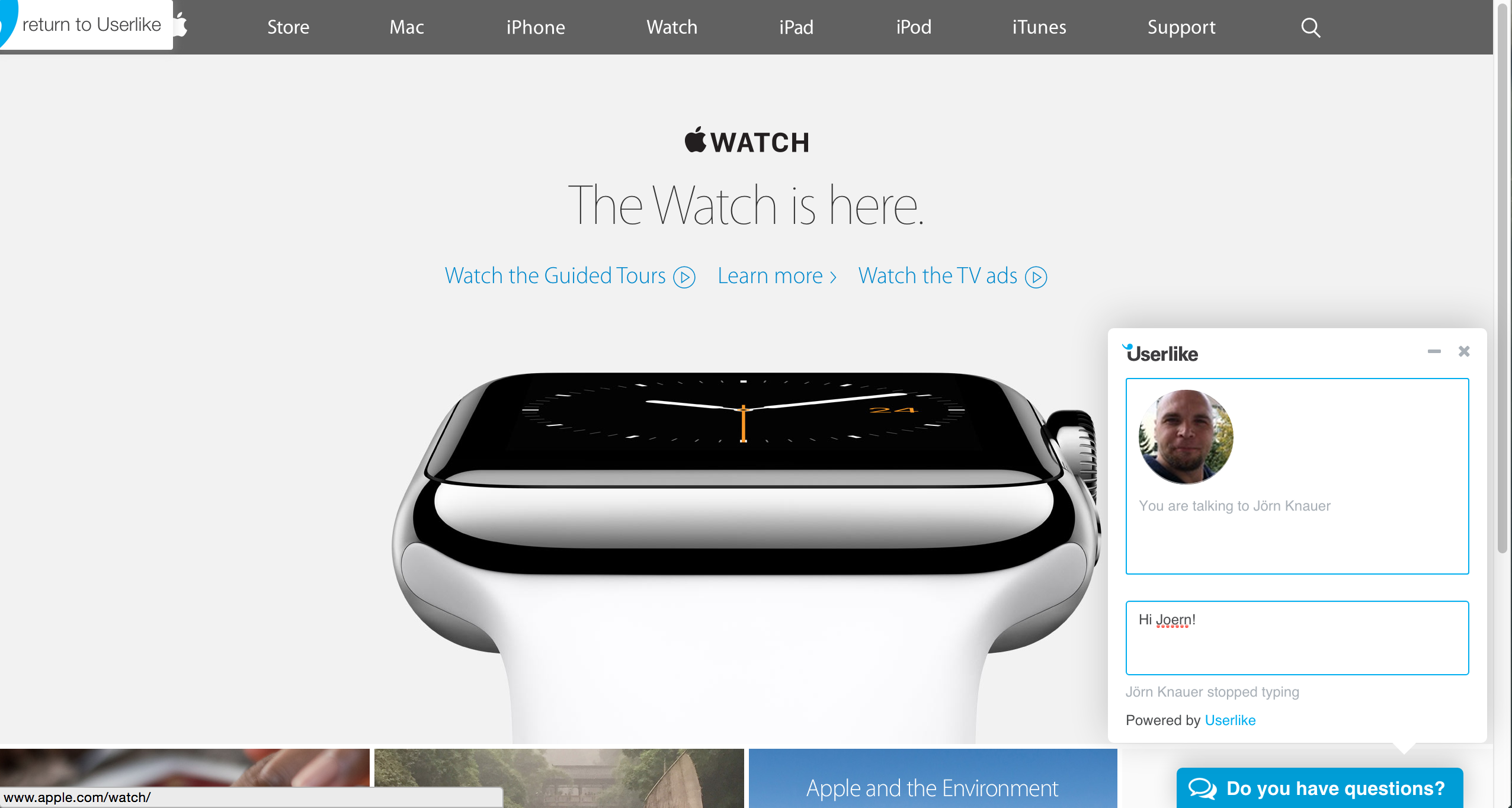 screenshot of apple watch advert page with userlike chat widget overlay