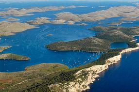 Telašćica - il lago salato, le scogliere e le baie selvaggie dell'isola di Dugi otok