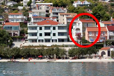 Property Marina (Trogir) - Accommodation 10003 - Apartments near sea with pebble beach.