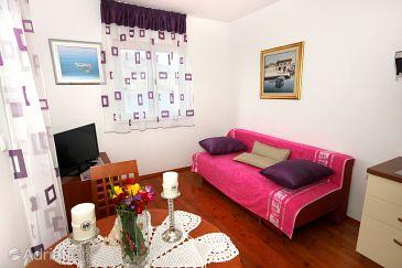 Apartment A-10007-a - Apartments Vinišće (Trogir) - 10007
