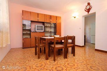 Apartment A-10009-c - Apartments Marušići (Omiš) - 10009