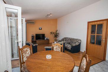 Apartment A-10014-d - Apartments Mali Rat (Omiš) - 10014