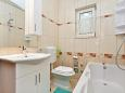 Bathroom - Apartment A-10023-c - Apartments Seget Donji (Trogir) - 10023