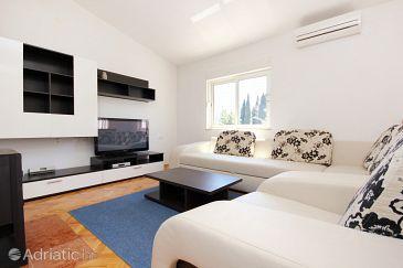 Apartment A-10025-a - Apartments Makarska (Makarska) - 10025