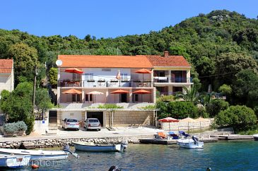 Property Žrnovska Banja (Korčula) - Accommodation 10050 - Apartments near sea.