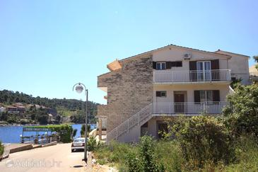 Property Brna (Korčula) - Accommodation 10057 - Apartments near sea.
