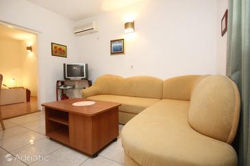 Apartment A-10075-e - Apartments Orebić (Pelješac) - 10075
