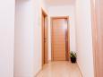 Hallway - Apartment A-1010-a - Apartments Pisak (Omiš) - 1010