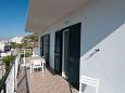 Pisak, Terrace u smještaju tipa apartment, s pogledom na more i WIFI.