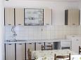 Kitchen - Apartment A-1011-a - Apartments Pisak (Omiš) - 1011