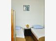 Bedroom 2 - Apartment A-1011-b - Apartments Pisak (Omiš) - 1011