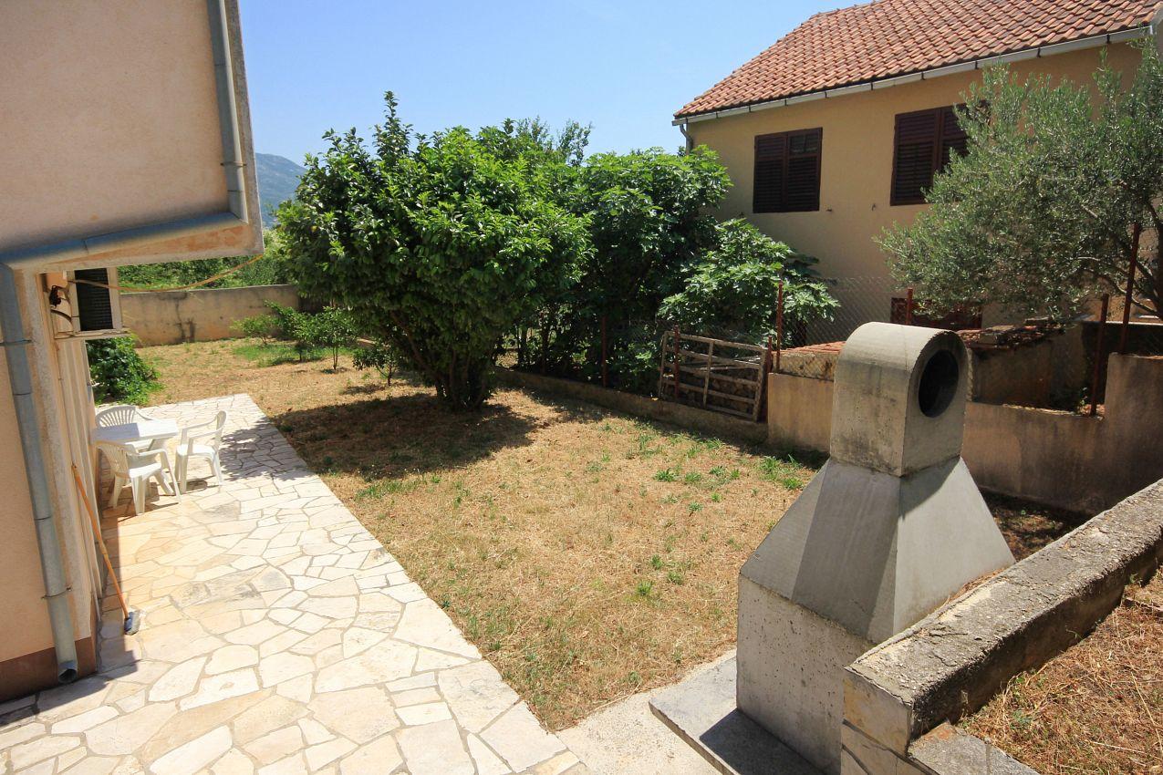 Apartmány s parkoviskom v meste Orebić - 10191