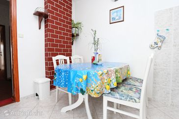 Apartment A-10241-b - Apartments Vinišće (Trogir) - 10241