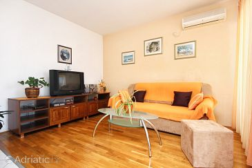 Apartment A-10262-a - Apartments Trogir (Trogir) - 10262
