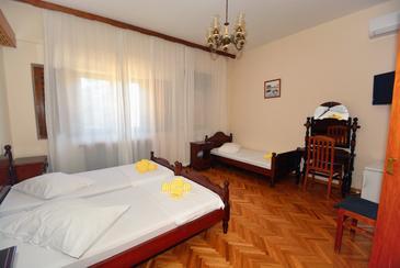 Room S-10301-b - Apartments and Rooms Podstrana (Split) - 10301