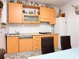 Kitchen - Apartment A-1031-a - Apartments Stanići (Omiš) - 1031