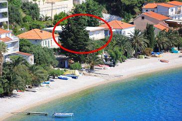 Obiekt Stanići (Omiš) - Zakwaterowanie 1031 - Apartamenty blisko morza ze żwirową plażą.