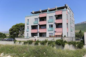 Property Žrnovnica (Split) - Accommodation 10310 - Apartments with pebble beach.