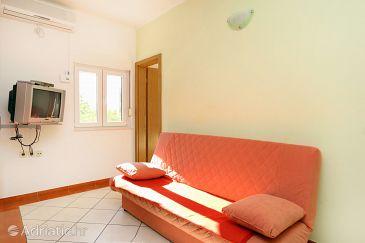 Apartment A-10323-b - Apartments Pisak (Omiš) - 10323