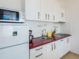 Kitchen - Apartment A-10330-d - Apartments Marušići (Omiš) - 10330