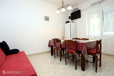 Apartment A-10337-a - Apartments Trogir (Trogir) - 10337