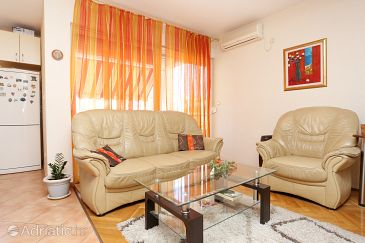 Apartment A-10345-a - Apartments Trogir (Trogir) - 10345