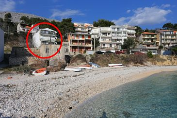 Property Krilo Jesenice (Omiš) - Accommodation 10352 - Apartments near sea with pebble beach.