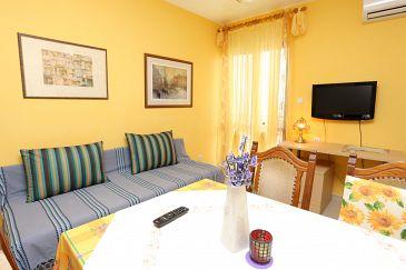 Apartment A-10355-a - Apartments Slatine (Čiovo) - 10355