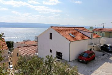 Property Lokva Rogoznica (Omiš) - Accommodation 10358 - Apartments with pebble beach.