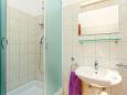 Bathroom 2 - Apartment A-10364-a - Apartments Mastrinka (Čiovo) - 10364