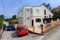 Apartments by the sea Slatine (Čiovo) - 10368