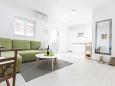 Seget Vranjica, Living room u smještaju tipa apartment, dostupna klima, dopusteni kucni ljubimci i WIFI.