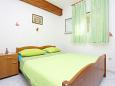 Bedroom 1 - Apartment A-10372-a - Apartments Seget Donji (Trogir) - 10372