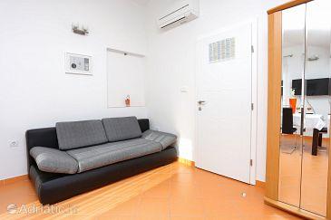 Studio flat AS-10400-b - Apartments Zečevo Rtić (Rogoznica) - 10400