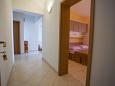 Hallway - Apartment A-11007-b - Apartments Veliko Brdo (Makarska) - 11007