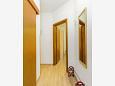 Hallway - Apartment A-11032-a - Apartments Vodice (Vodice) - 11032