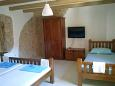 Bedroom 1 - House K-11040 - Vacation Rentals Vrbanj (Hvar) - 11040