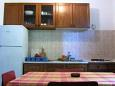 Kitchen - Apartment A-11045-b - Apartments Mimice (Omiš) - 11045