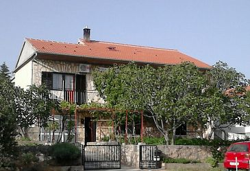 Property Maslenica (Novigrad) - Accommodation 11089 - Apartments with pebble beach.