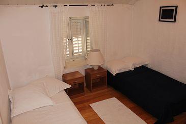 Room S-11096-a - Rooms Makarska (Makarska) - 11096