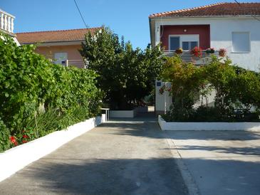 Property Okrug Donji (Čiovo) - Accommodation 11144 - Apartments near sea.